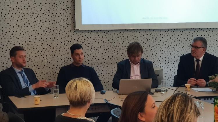 XV. izborni sabor HAEDa i strucna rasprava  (13)